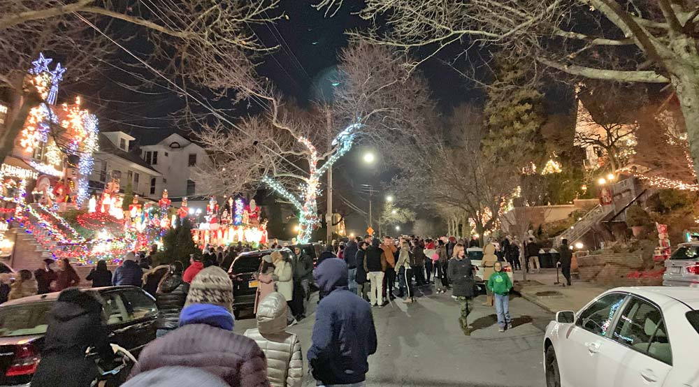 Dyker Heights Christmas Lights 2020 Dates Brooklyn Christmas Lights at Dyker Heights: Info / Map / Tour